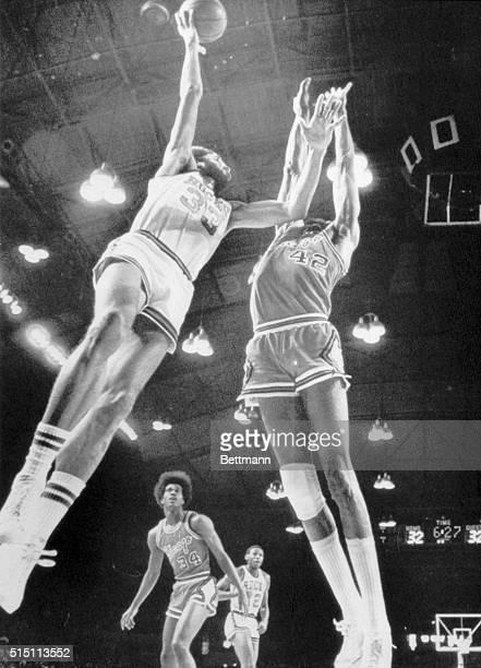 1/5/1975Milwaukee Wisconsin Kareem AbdulJabbar scores with a hook shot over Nate Thurmond of the Chicago Bulls Sunday Thurmond held AbdulJabbar in...