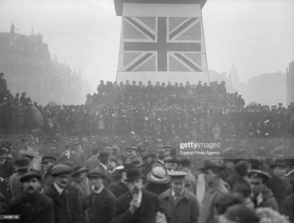 A Victory War Loan rally in Trafalgar Square.