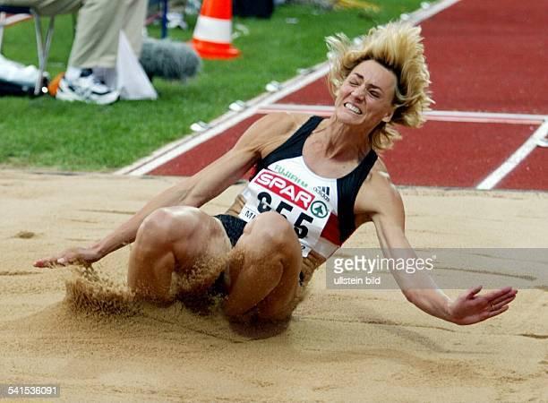 Sportlerin Leichtathletik DEuropameisterschaft München beim Weitsprung