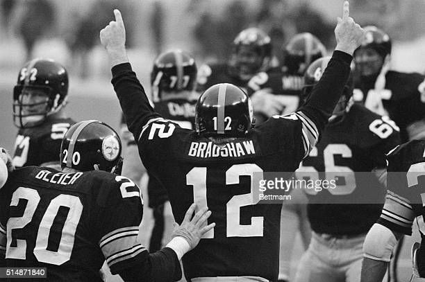 1/6/1980Pittsburgh PA On his way off the field Steeler quarterback Terry Bradshaw No 12 sums up his feelings about leading the Steelers to a 27 to 13...