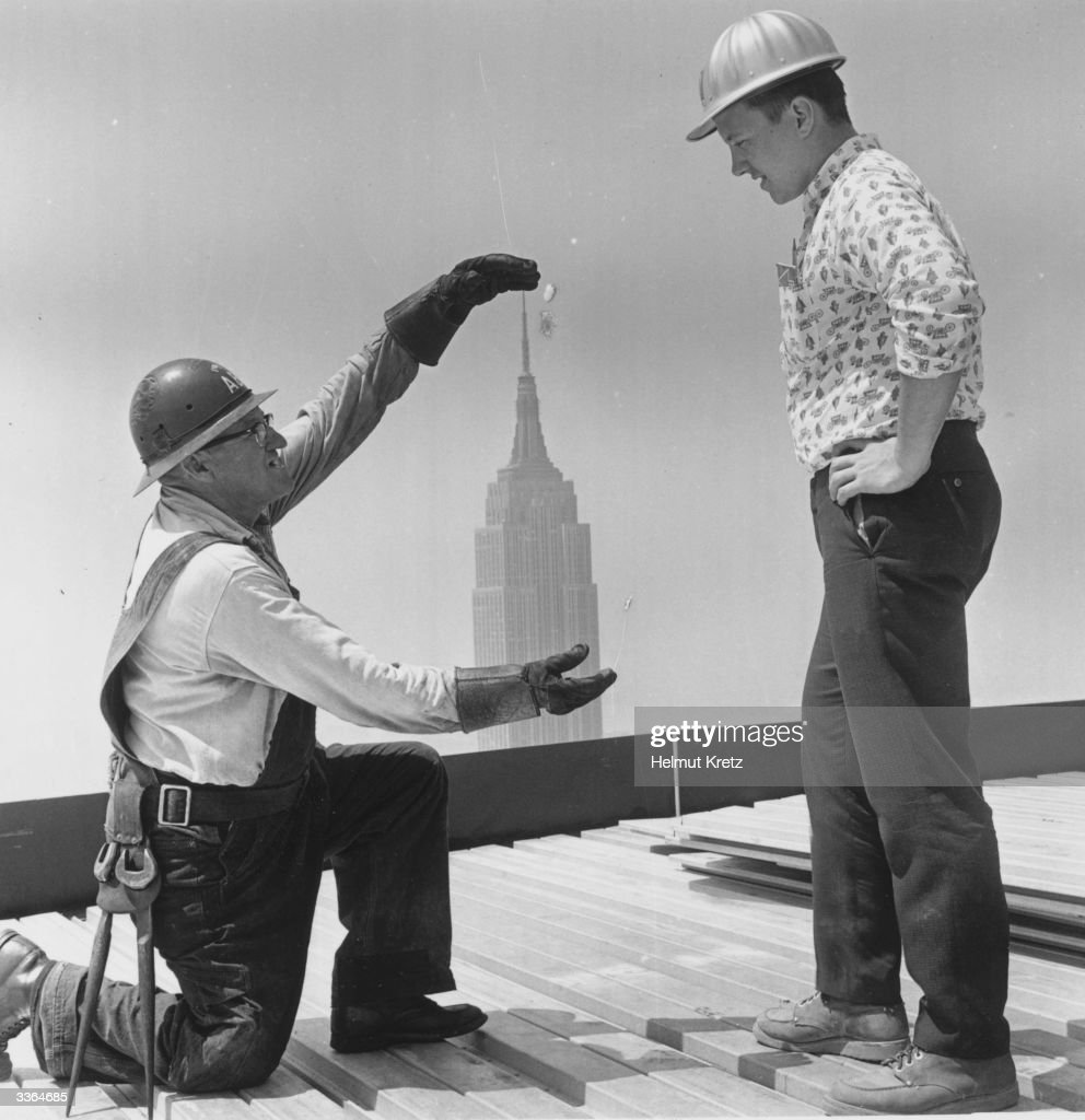 Building Construction Workers : Best of news getty images