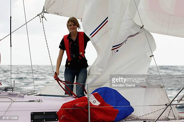 16year old teen solo sailor Jessica Watson sets sail on her yacht Ella's Pink Lady in Sydney Harbour on October 18 2009 in Sydney Australia Watson is...