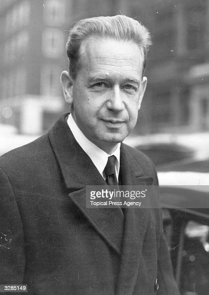 Dag Hammarskjold Swedish politician and secretary general of the United Nations leaves Claridges Hotel for a meeting at the Foreign Office London