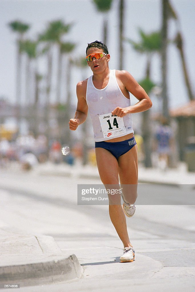 17year old Lance Armstrong competes in the Jeep Triathlon Grand Prix in May 1988 as a professional triathlete