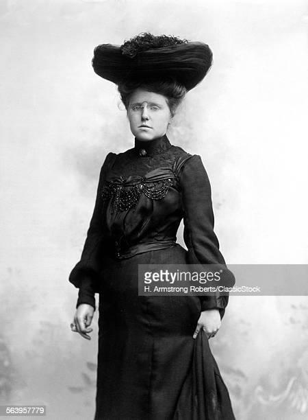 1890s 1900s SEPIA PORTRAIT...