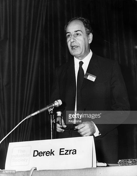 Derek Ezra Stock Photos And Pictures Getty Images