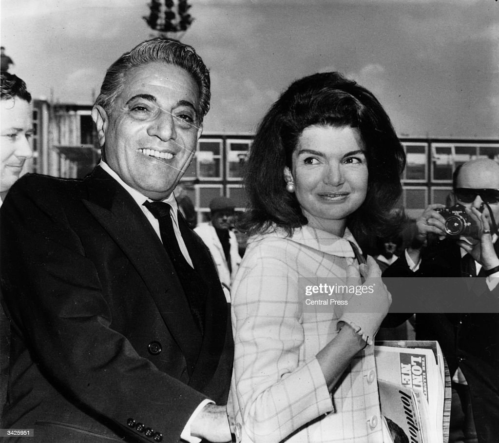 Millionaire shipping magnate Aristotle Onassis (1906 - 1975) with his wife Jackie (Bouvier Kennedy, 1929 - 1994).
