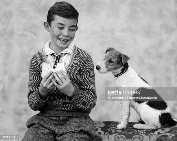 1920s 1930s BOY EATING...