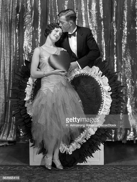 1920s COUPLE PORTRAIT MAN...