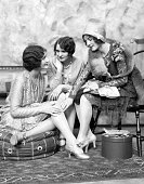1920s THREE WELL DRESSED...