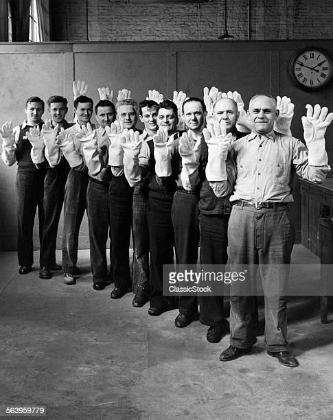 1930s 1940s MEN WEARING...