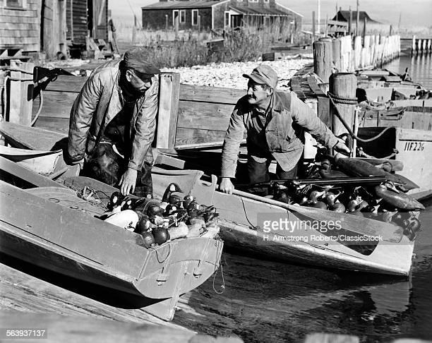 1930s 1940s TWO MEN DUCK...