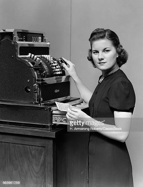 1930s 1940s WOMAN SALES...
