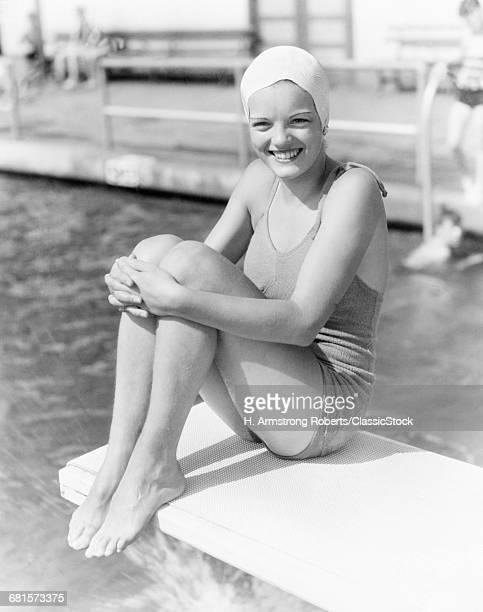 1930s GIRL WEARING BATHING...