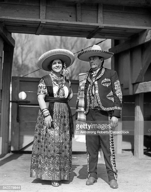 1930s PORTRAIT MAN WOMAN...