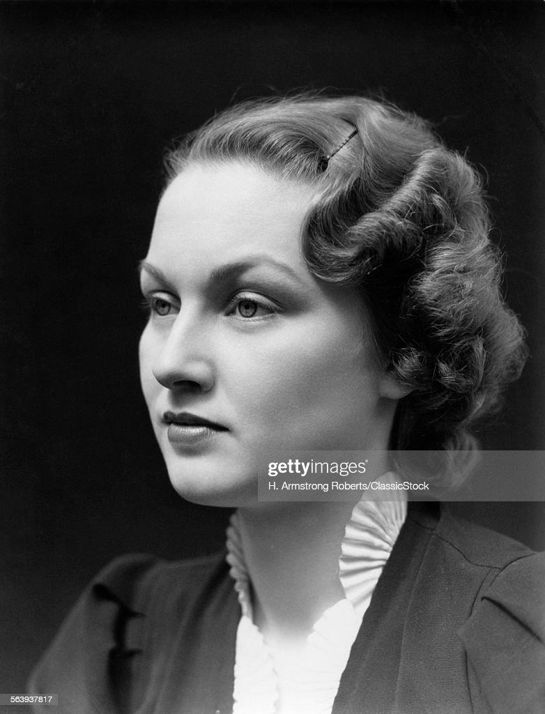 1930s PORTRAIT OF BRUNETTE...