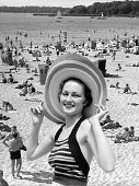 1930s VACATION MONTAGE...