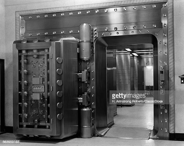 1940s 1950s BANK INTERIOR...