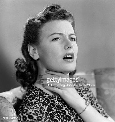 1940s PORTRAIT OF WOMAN...