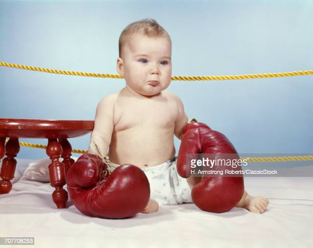 1950s 1960s BABY WEARING...