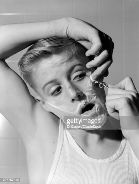 1950s 1960s BOY SHAVING...
