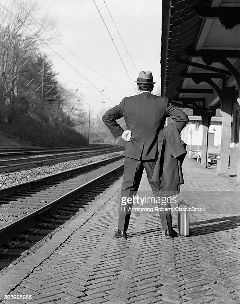1950s 1960s MAN COMMUTER...