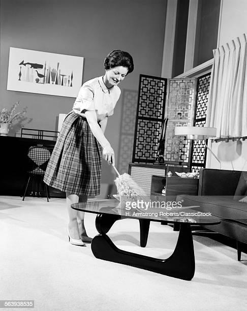 1950s 1960s WOMAN WEARING...
