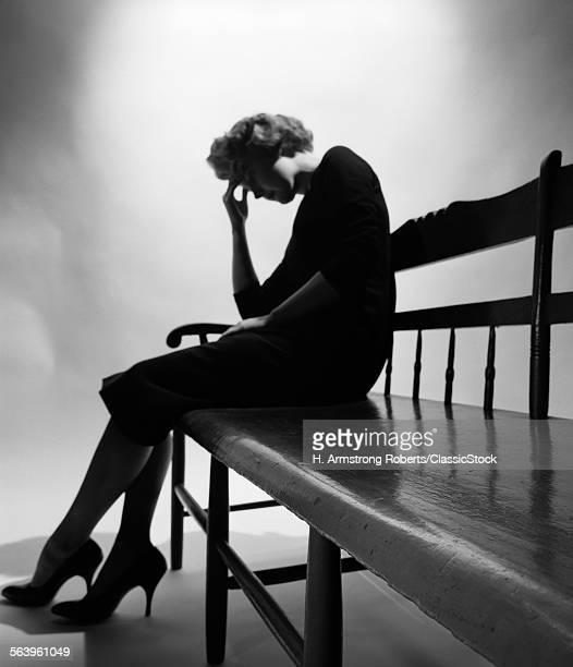 1950s ANONYMOUS WOMAN IN...