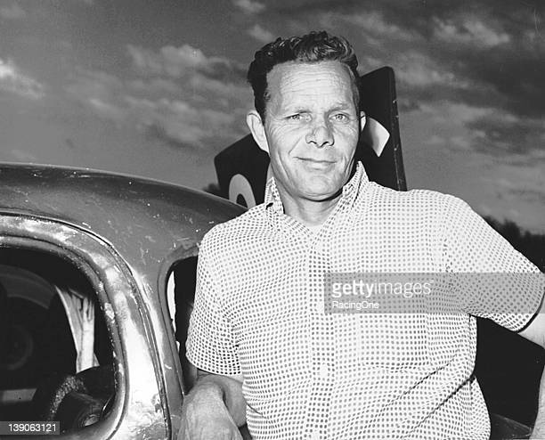 Bill Champion of Norfolk VA raced on the NASCAR Cup circuit from 1951 through 1976 running in 289 races as a driver with 43 top 10 finishes He also...