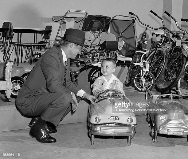 1950s FATHER IN TOY STORE...