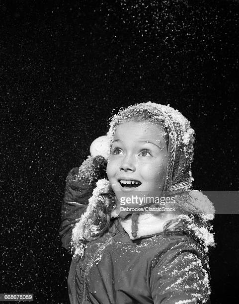 1950s LITTLE GIRL WITH...