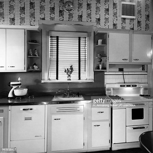 1950s MODERN KITCHEN...