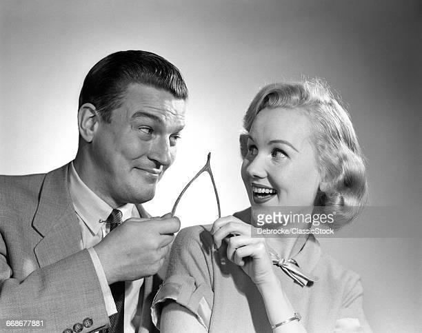 1950s PORTRAIT OF COUPLE...