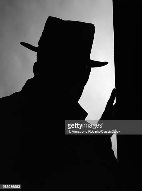 1950s SILHOUETTE OF...