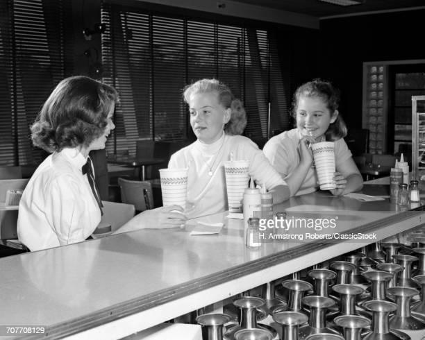 1950s THREE PRE-TEEN GIRLS...