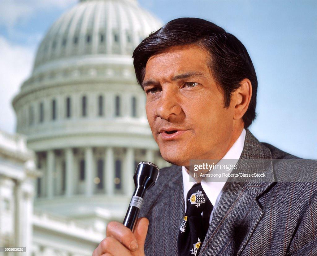 1960s 1970s MAN REPORTER...