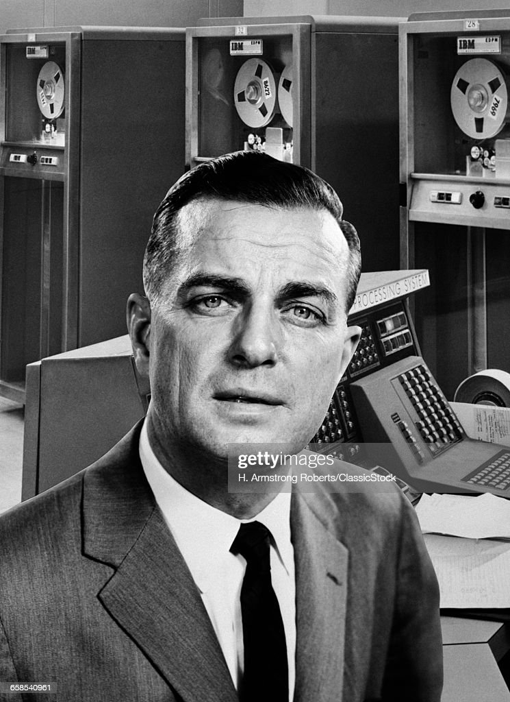 1960s BUSINESSMAN PORTRAIT...