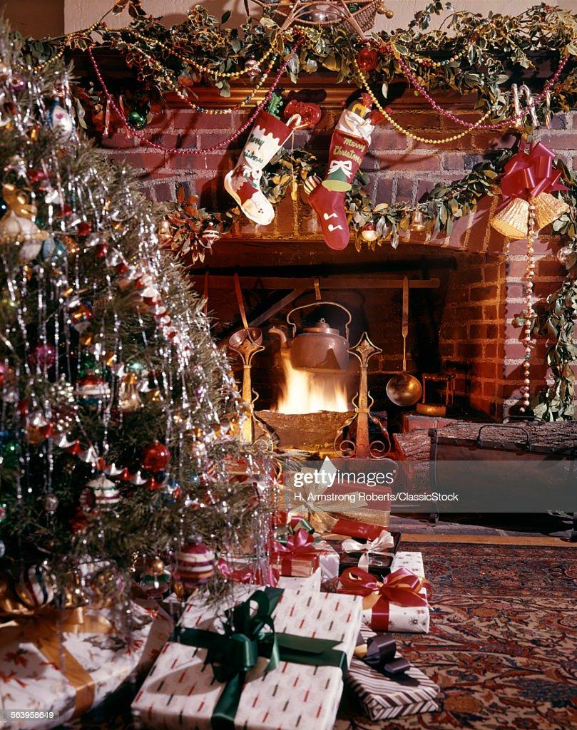 1960s CHRISTMAS TREE...