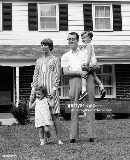 1960s FAMILY MOM DAD & 2...