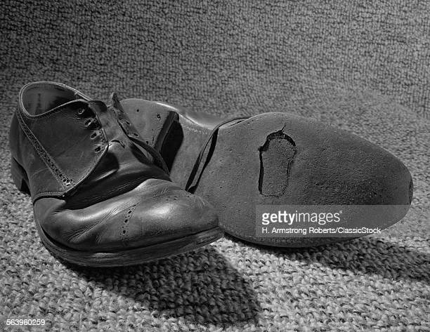 1960s OLD SHOESELLORN...