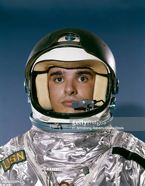 1960s PORTRAIT MAN SPACE...