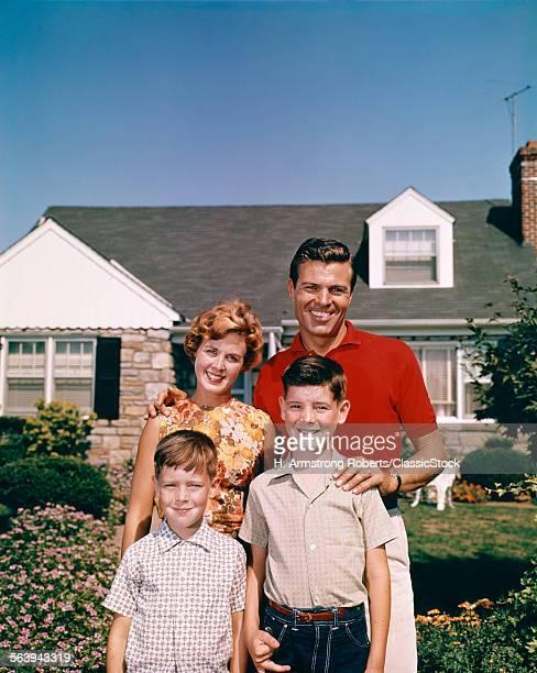 1960s PORTRAIT SMILING...
