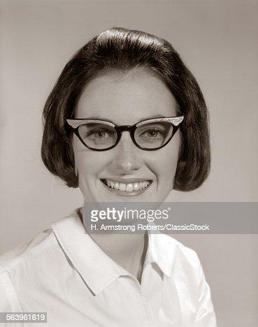 1960s SMILING PORTRAIT...