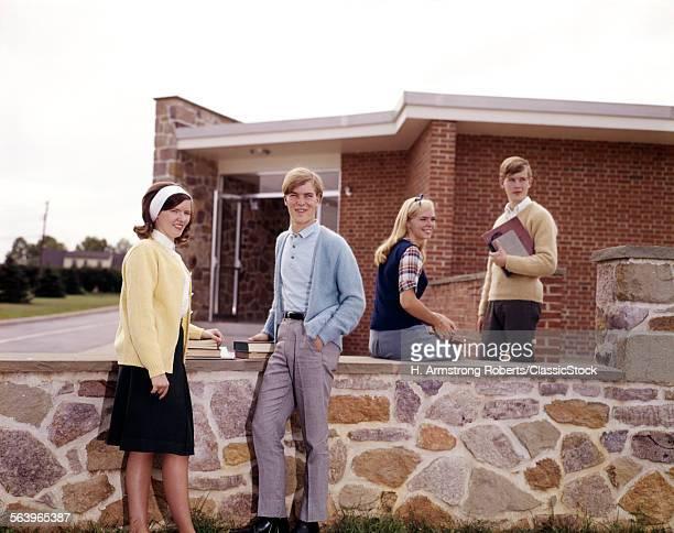 1960s TEEN STUDENTS ON...