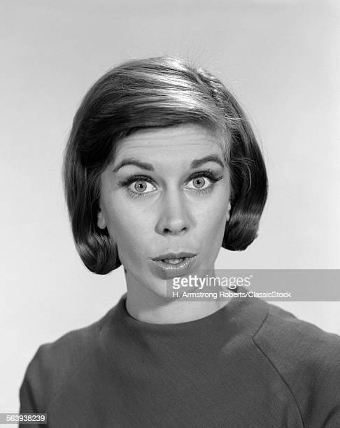 1960s WOMAN PORTRAIT...