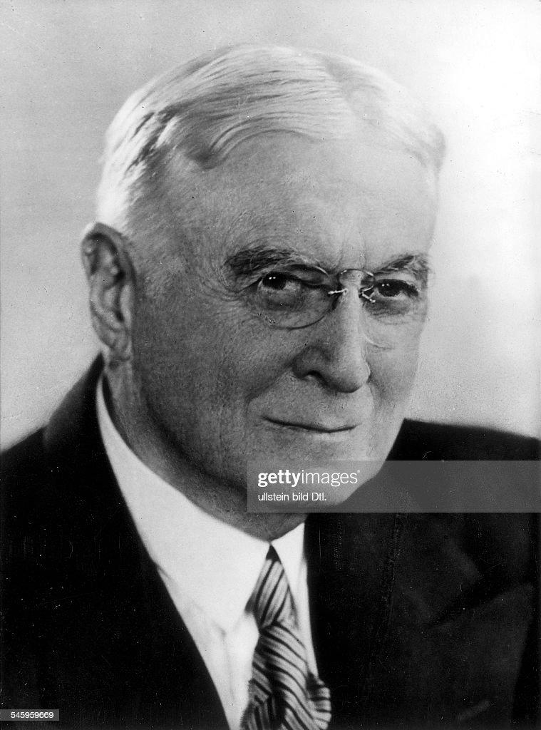 1870 - 1965Wirtschaftspolitiker, Finanzier; USAPorträt- ohne Jahr