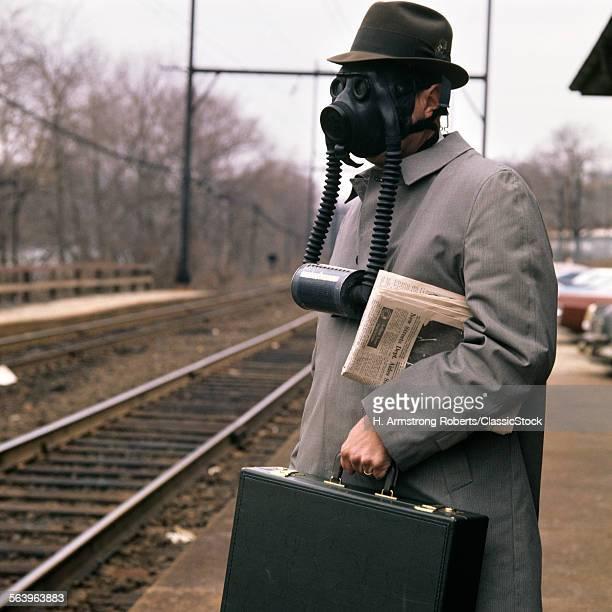 1970s 1960s MAN COMMUTER...