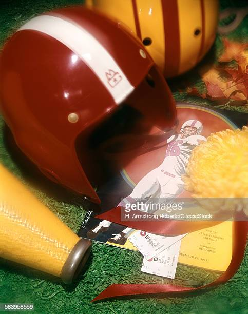 1970s AMERICAN FOOTBALL...