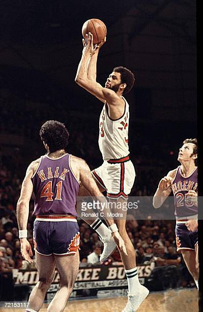 Kareem AbdulJabbar of the Milwaukee Bucks shoots the ball against the Phoenix Suns in a game in the 1970s in Milwaukee Wisconsin