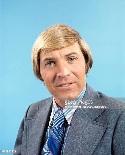 1970s PORTRAIT OF BLONDE...